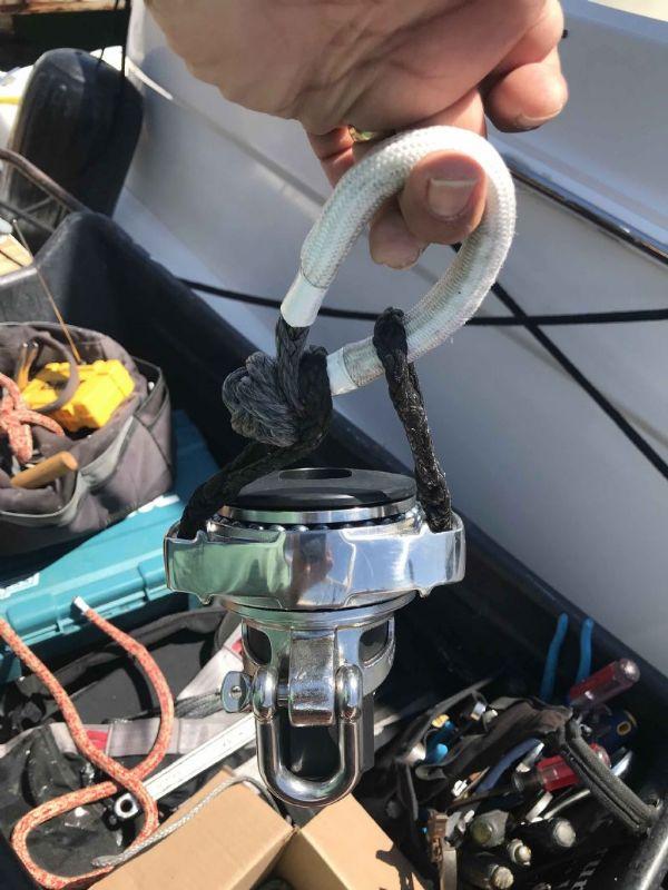 Selden Jib Halyard Swivel - myHanse - Hanse Yachts Owners Forum